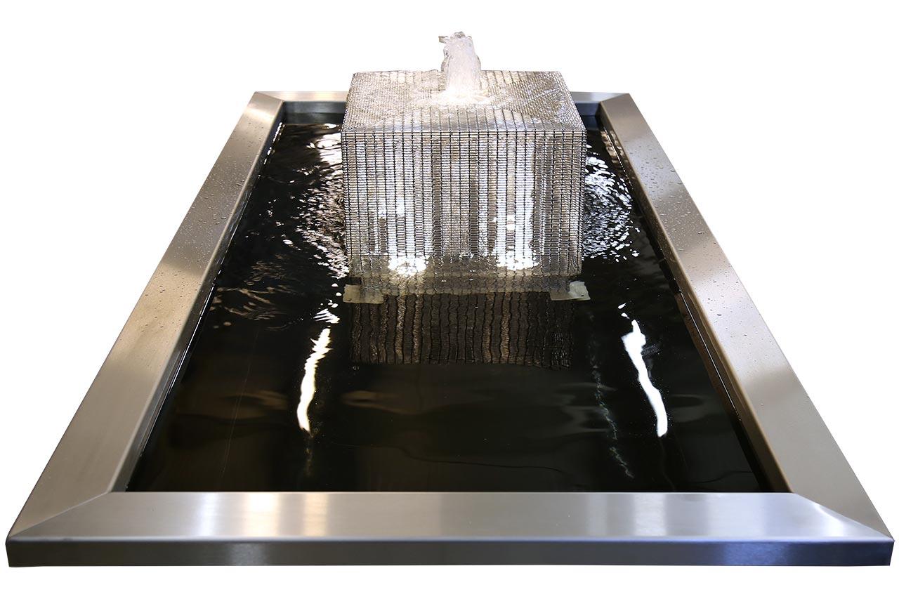 Edelstahl-Gartenbrunnen Edelstahlbrunnen mit GFK-Rechteckbecken hochwertig Design