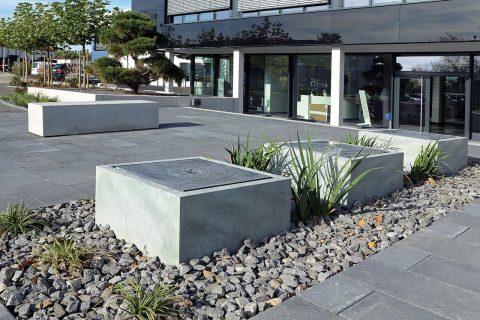 Gartenbrunnen Zinkbrunnen im öffenlichen Raum Brunnenobjekt Großanlage