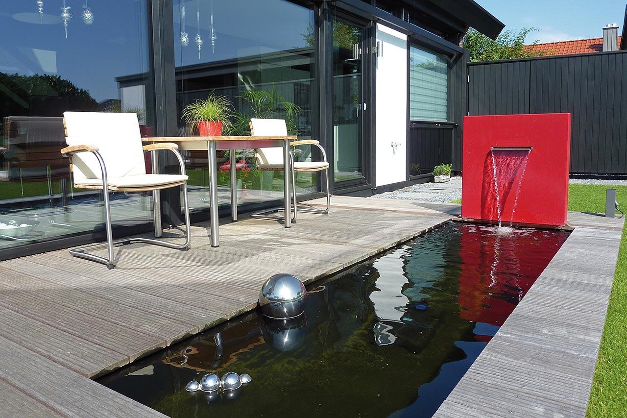 Marerialmix-Gartenbrunnen Gartenspringbrunnen moderne Form Wasserobjekt schönes Design